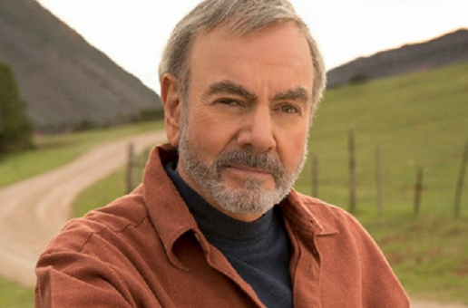 Neil Diamond Serenades Seattle May 10th