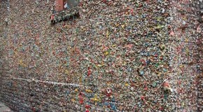 Cleaning up Seattle's gum wall